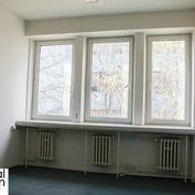 Kancelária - Kopčianska - 18,5 m2 - 1. poschodie