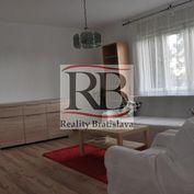 Na prenájom veľký 1-izbový byt v rodinnom dome na Kramároch