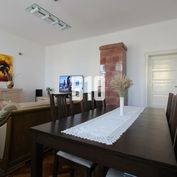 Veľkometrážny 4i byt s lodžiou v historickom centre mesta - 140m2 + 16 m2 pivnica