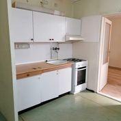 1 izbový byt s balkónom v Komárne