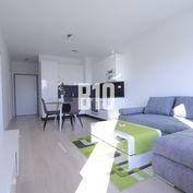 Rezervované - NUPPU - 2 izbový, kompletne zariadený byt s parkingom a loggiou v novostavbe