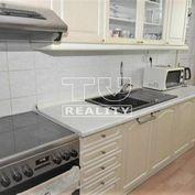 TUreality ponúka na predaj kompletne zrekonštruovaný, 2-izbový byt, Hliník nad Hronom, 56m2