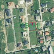 Na predaj stavebný pozemok na ŠALGOVÍKU