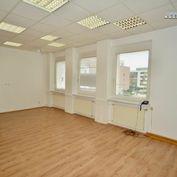 Na prenájom - administratívny priestor o výmere 31,30 m2 v Stupave
