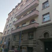 Exkluzívne v ponuke 4 i byt na Podjavorinskej ul. v centre Starého mesta.