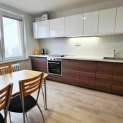 Predáme 3+kk byt, Žilina - Hliny, Hlinská ul., len v R2 SK.
