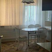 Prenájom 1 - izbového bytu Žilina - Vlčince o výmere 41m2.