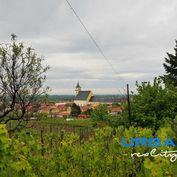 Na predaj rodinný dom vo Svätom Jure s nádherným výhľadom, výborná lokalita, samostatný pozemok