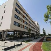 Jedinečný 2,5-izbový byt s veľkou loggiou – novostavba Arboria- Južná