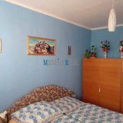 MAXFIN REAL - PREDAJ, príjemný 2 -izb. byt s balkónom, Bánovce n /B