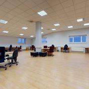 Kancelárske priestory v administratívnej budove v areáli na Holubyho ulici na Južnej triede v Košici