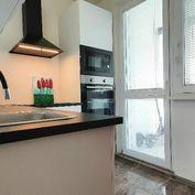 Rezervované/Exkluzívne PNORF – 1i byt, 40 m2, loggia, pivnica, výťah, klimatizácia, ul. Na Hlinách