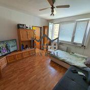Čiastočne zrekonštruovaný 3-izbový byt v obľúbenej lokalite