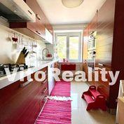 Lukratívny 2-izbový byt na Smetanovej ulici kompletne zariadený a vybavený