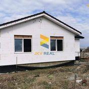 POSLEDNÝ BUNGALOV s nasťahovaním 2021 - Slnečná lúka | Prievidza