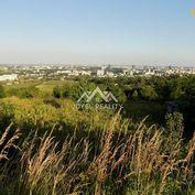 Ponúkame Vám na predaj krásny pozemok s výhľadom na Bratislavu.
