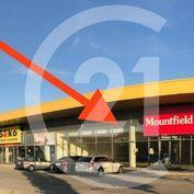 Ponúkame na  prenájom obchodno-skladovacie a servisné priestory  v Obchodnom centre v Radvaň PARK