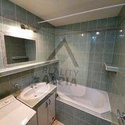 4-izbový byt s dvoma balkónmi, /84 m2/, Bytča