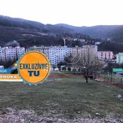 Na predaj pozemok s krásnym výhľadom na mesto a široké okolie mestá Krompachy, 1027m2.