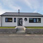 Directreal ponúka Moderný, dispozične vynikajúco riešený bungalov, Ivánka pri Nitre.