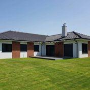 Priestranná novostavba bungalovu v Záhorskej Bystrici