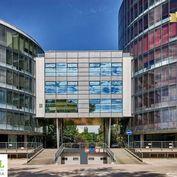 Prenájom moderných kancelárií na začiatku Petržalky 30 - 1700 m2