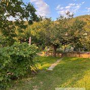 Predaj záhrady s rekreačnou chatou v Devínskej Novej Vsi
