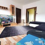 Moderný a veľký 3 izbový byt, loggia - Sídlisko Sekčov