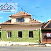 DMPD real Vám ponúka na predaj starší rodinný dom v obci Nitrianske Pravno.