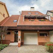 Exkluzívne na predaj rodinný dom v historickom centre Bojníc