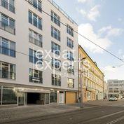 Nový 3i byt 86m2, výhľad na hrad, rezidencia Schön, 2 kúpeľne, centrum