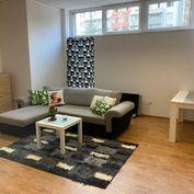 Prenájom 3 izbový byt, Bratislava - Karlova Ves, Hlaváčikova ul.