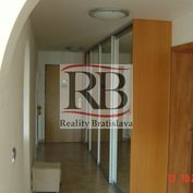Na predaj 3-izbový byt na Vajnorskej ulici v Novom Meste