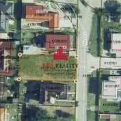 Pekný stavbný pozemok so stavebným povolením !!!