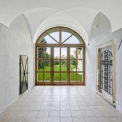 Svätojurský Meštiansky dom 582m2 doložený bohatou kráľovskou históriou.
