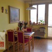 Ponúkame  na  predaj  tehlový  3izbový  byt  o  rozlohe  72m2  v  Trenčíne.