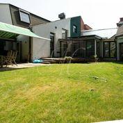 Luxusný 7- izbový rodinný dom s bazénom a saunou