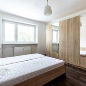 BEDES | Veľkometrážny 2 izbový byt na Starom sídlisku