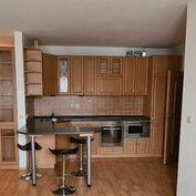 SENEC-2 izbový zariadený byt v novostavbe s PARKOVACÍM MIESTOM!!!-VÝBORNÁ CENA