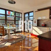Rezervované - LUXUSNÝ rodinný dom v lukratívnej lokalite Martin - Stráne , 3D virtuálna obhliadka ,