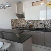 3 -izb. kompletne rekonštruovaný, čiastočne zariadený byt, Inovecká
