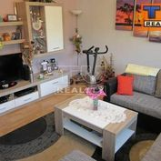 Predaj 4 izbového čiastočne prerobeného bytu na Kľačne-Ružomberok.
