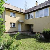 Na predaj samostatne stojaci 3-izbový rodinný dom v Šastíne - Stráže