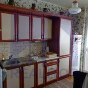 Predaj trojizbový byt VNKS, 71 m2, Banská Bystrica, Sásová.
