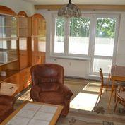 Predaj slnečného a krásneho 2 izb.bytu s dvoma loggiami 70 m2 - Bytča