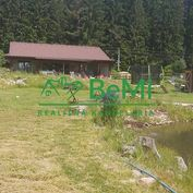 Predaj: Rodinný dom s veľkým pozemkom v obci Raková(674-12-JAS)