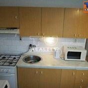 Predaj 3-izbový,74 m2 byt v pôvodnom stave Ružomberok.