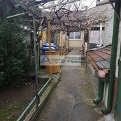 Areté real, Predaj príjemného 3-izbového rodinného domu s rozľahlým pozemkom v obci Šenkvice