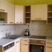 Ponúkame Vám na prenájom 1 izbový byt v centre mesta Nitra