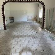 Exkluzívne prenájom polyfunkčného priestoru s možnosťou dorobenia podkrovneho bytu